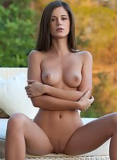 Caprice in I Can Not Wait
